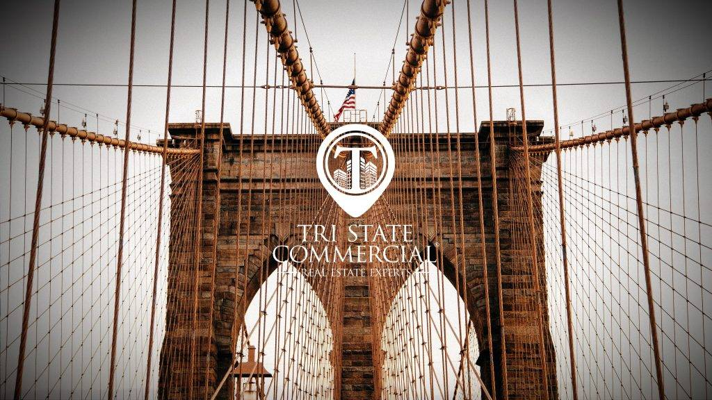 Logo on the background of Brooklyn Bridge